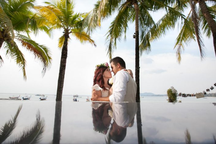 Alex and Janet wedding photography,There wedding held at Blue Siam Bar in Phuket beach.