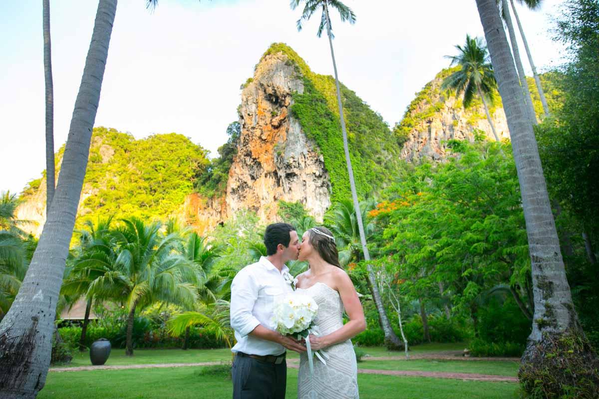 Thailand Beach wedding in Krabi,Rayavadee resort.