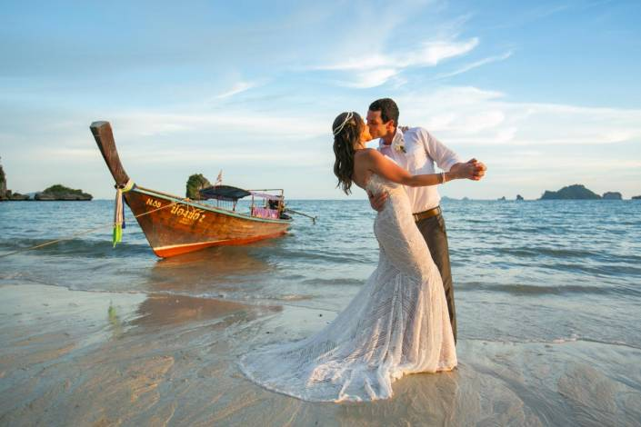 Thailand Beach wedding in Krabi,Rayavadee resort.