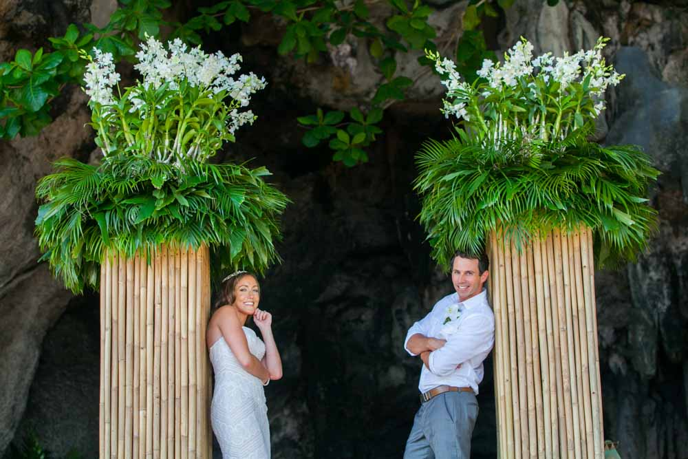 Wedding photos in this page take from many wedding on the beach of Thailand and decorated with Thai orchids that impress and make a beautiful wedding photos