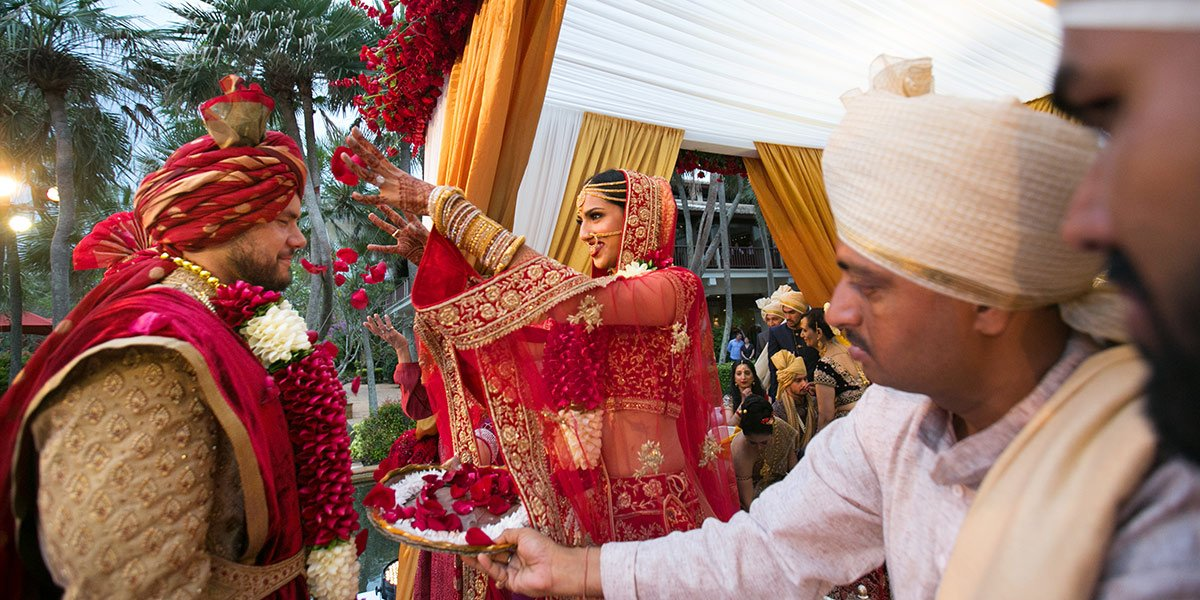 Thailand beaches wedding already provide a beautiful scenery for Indian wedding photography