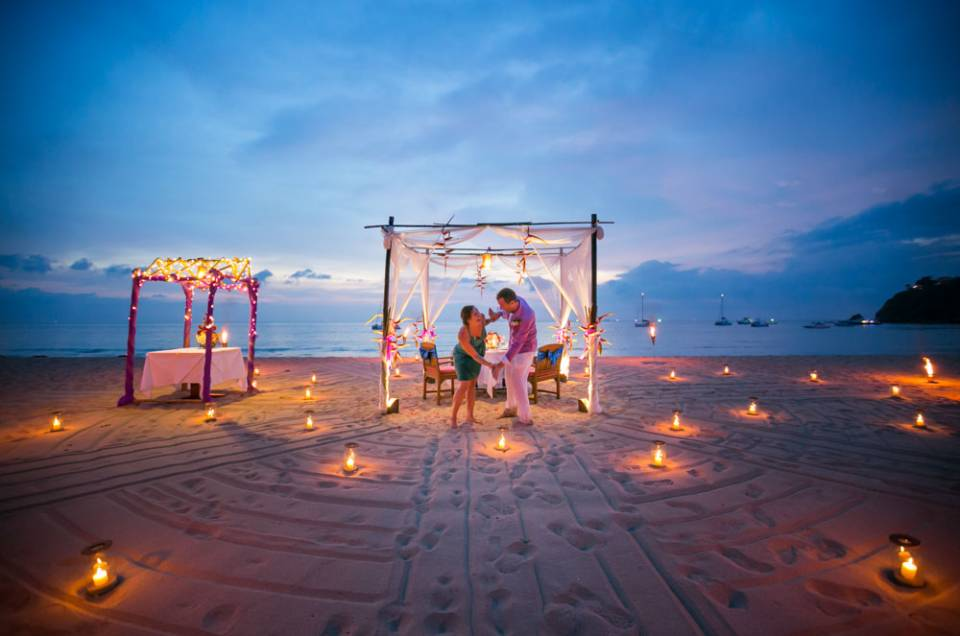Our Thailand wedding photographer will craft your wedding day like an artist,